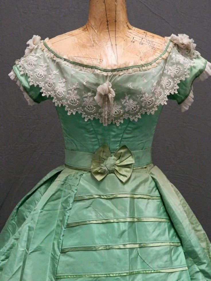 платье с мышьяком