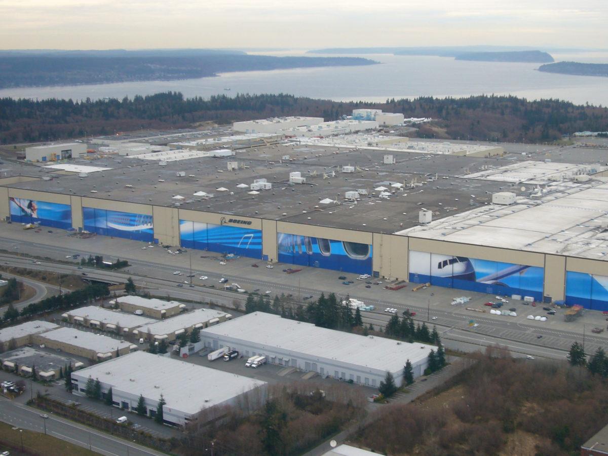 Завод Boeing в городе Эверетт